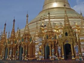 RED_003_Shwedagon_Pagoda_em_Yangon