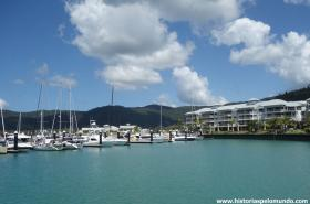 RED_005_Marina_de_Arlie_Beach