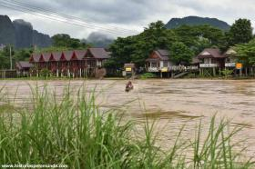 RED_007_Vang_Vieng