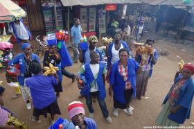 RED_003_Mercado_nas_estradas_da_Uganda