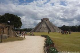 RED_005_Chichen_Itza