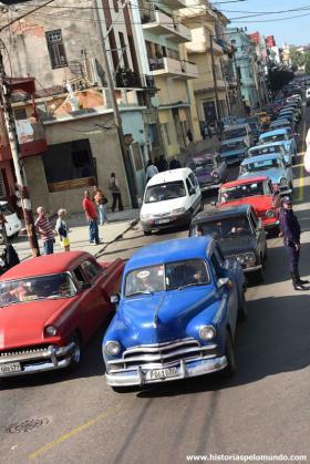 RED_006_Trânsito_em_Havana