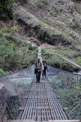RED_006_Passamos_por_várias_pontes_como_esta