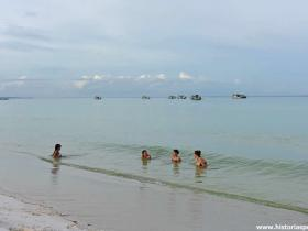 RED_008_Coconut_beach_em_Koh_Rong
