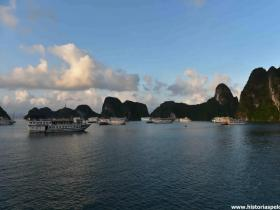 RED_011_Barcos_em_Halong_Bay