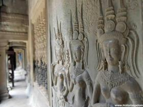 RED_003_Angkor_Wat