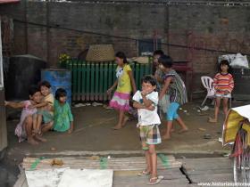 RED_012_Crianças_em_Mandalay